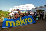 Makro and Techdata contributed to the purchase of laptops.